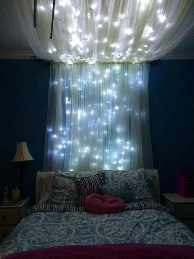säng gardiner ljusslingor