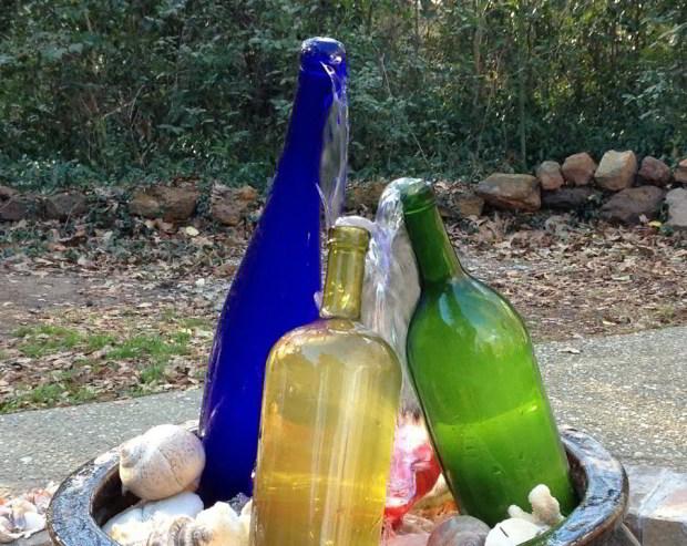 Vandspil med flasker
